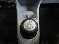 Nissan-Pixo-15